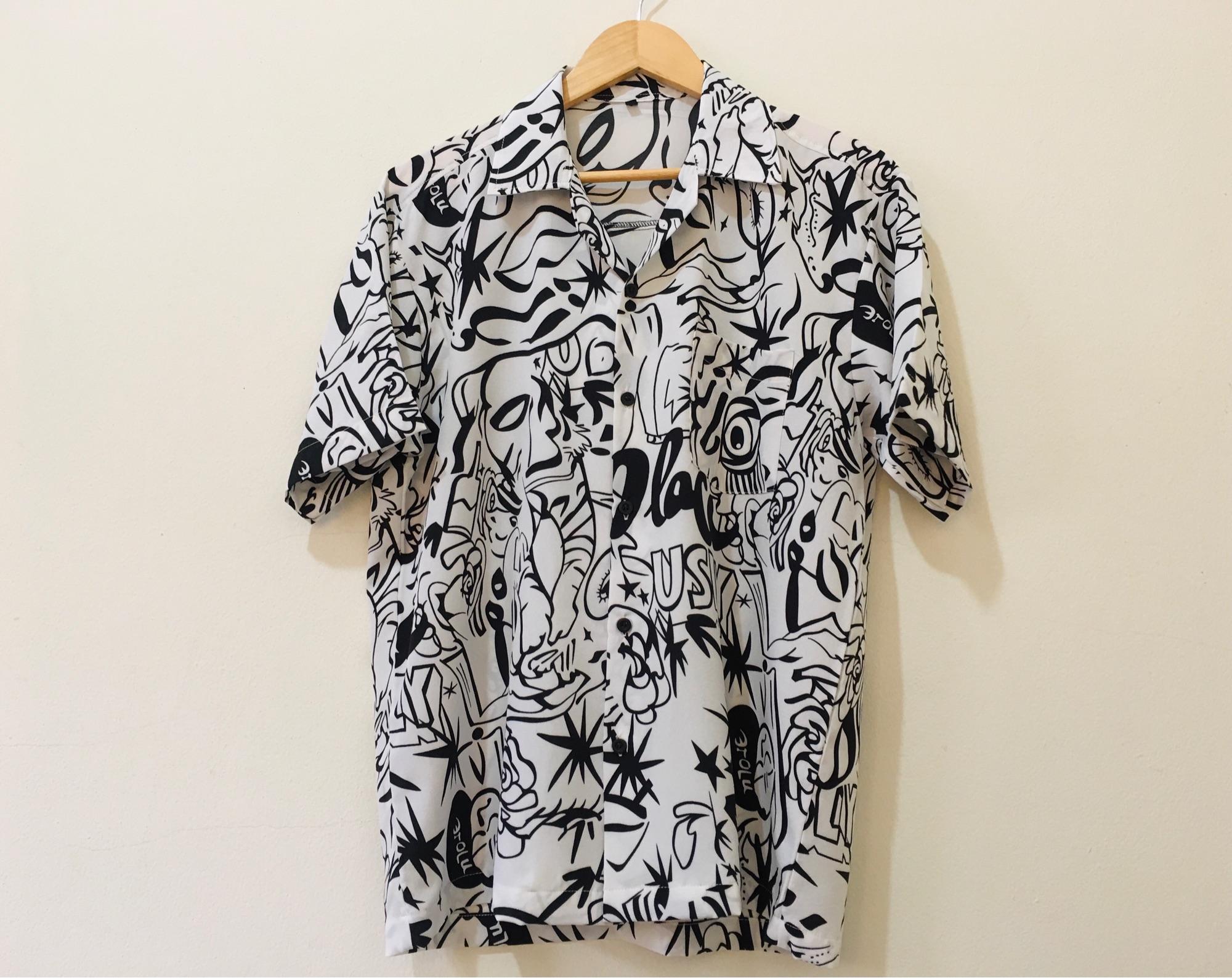 """?สินค้าขายดี?กราฟฟิกพื้นขาว เสื้อฮาวาย ลายคูลๆ แฟชั่นสุดฮิต ชายหญิงใส่ได้ รอบอก 36""""-56"""" ?ฟรีจัดส่ง ฿10 เมื่อซื้อครบ ฿300?จัดส่งฟรีเมื่อช้อปครบ ฿500."""